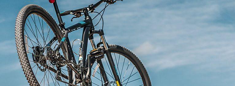 Carbon-Räder sind nicht nur robust, sondern auch extrem leicht – ein klarer Vorteil im Handling.